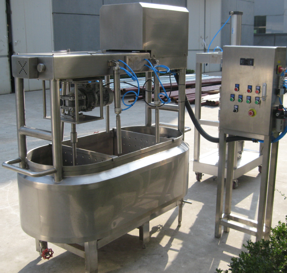1000L/1500LSUS304 industrial cheese making machine with heating, cooling jacket and agitator for white cheese 500g size